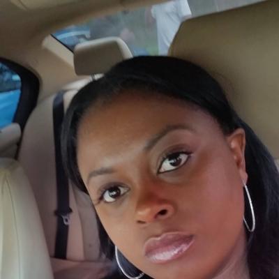 CLICK to visit Drawnieka Smith's Realtor® Profile Page