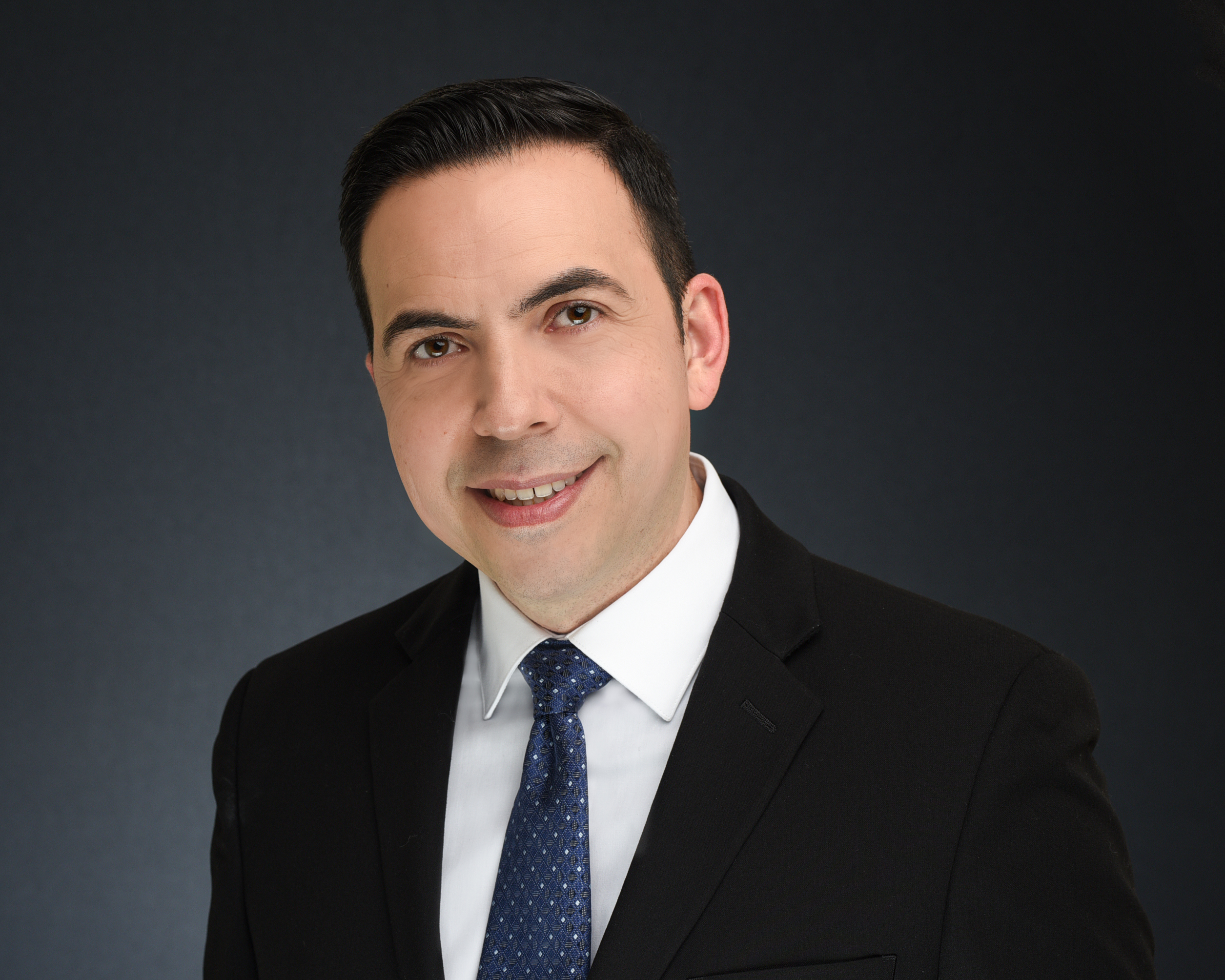 CLICK to visit Esteban Reyna's Realtor® Profile Page