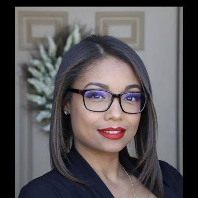 CLICK to visit Evelin Guzman's Realtor® Profile Page