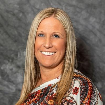 CLICK to visit Amanda Baker's Realtor® Profile Page