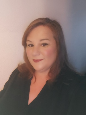 CLICK to visit Amanda Krolczyk's Realtor® Profile Page