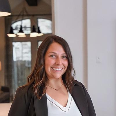 CLICK to visit Hayley Arceneaux's Realtor® Profile Page