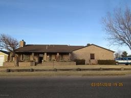207 cornell st, fritch, TX 79036