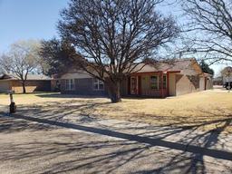 200 juniper st, hereford, TX 79045