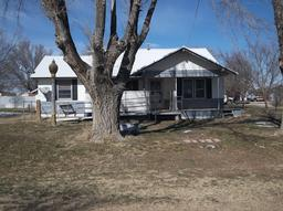 509 4th St, Panhandle TX 79068