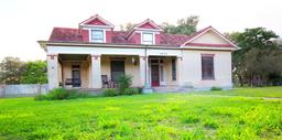 1003 ave c, beeville, TX 78102
