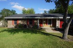 215 N Pasadena, Kingsville, TX 78363