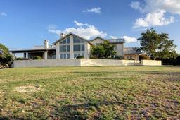 2203 freedom trail, kerrville, TX 78028