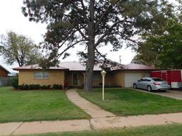 801 1st street, abernathy, TX 79311