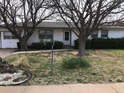1220 Ave L, Ralls, TX, 79357