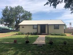 206 E 2nd, Whiteface, TX 79379