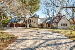 4945 crooked lane, dallas, TX 75229