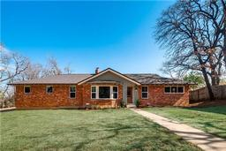 1513 jenson road, fort worth, TX 76112
