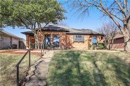 2805 stoneridge drive, garland, TX 75044