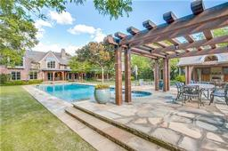 10115 waller drive, dallas, TX 75229