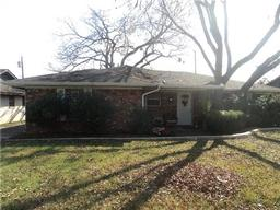 2108 w shady grove road, irving, TX 75060