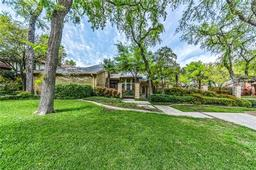 200 crooked creek drive, richardson, TX 75080