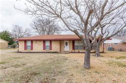 111 n valley street, red oak, TX 75154