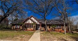 108 silverleaf drive, fort worth, TX 76112