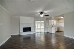 2412 monterrey street, arlington, TX 76015