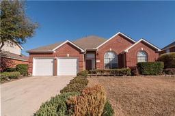 1221 Lakeridge Lane, Irving TX 75063
