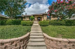 2214 meadowview drive, garland, TX 75043