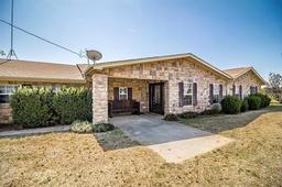 825 county road, springtown, TX 76082