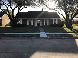 4220 karnes drive, mesquite, TX 75150