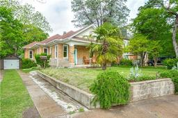 1511 Seevers Avenue, Dallas TX 75216