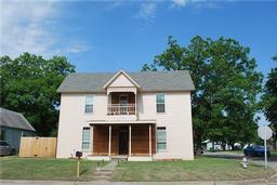 511 N Culberson Street, Gainesville TX 76240