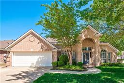 5783 falcon ridge court, haltom city, TX 76137