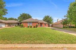 414 Odell Street, Cleburne TX 76033