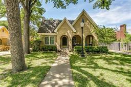 2201 primrose avenue, fort worth, TX 76111