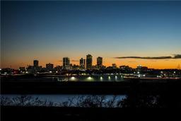 999 Scenic Hill Drive, Fort Worth TX 76111