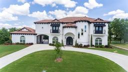 2629 Whispering Oaks Cove