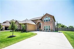 1413 hidden creek drive, royse city, TX 75189