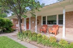 705 s rusk street, gainesville, TX 76240