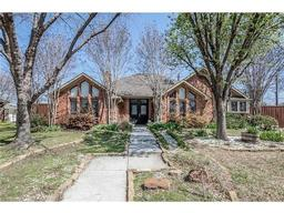 7119 mumford court, dallas, TX 75252