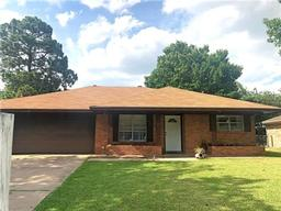 2504 Burnett Drive, Greenville, TX 75402
