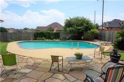 2301 Louise Lane, Ennis, TX 75119