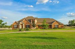 165 pack saddle trail, weatherford, TX 76088