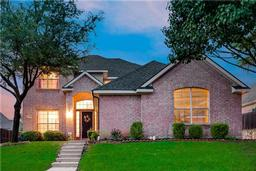 608 forest view court, hurst, TX 76054