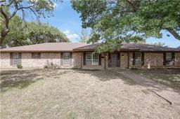5301 south drive, fort worth, TX 76132