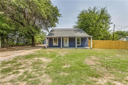 1608 newsom mound road, springtown, TX 76082