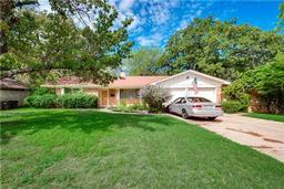 1516 mims street, fort worth, TX 76112