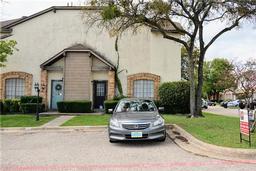 611 Oriole Boulevard, Duncanville TX 75116