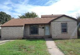 1607 Pease Street, Sweetwater TX 79556