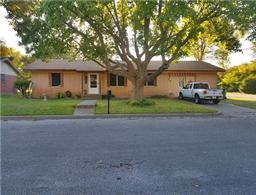 703 Avenue M, Clifton TX 76634