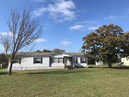 177 Clay Court, Springtown TX 76082