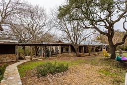 4063 junction hwy, ingram, TX 78025